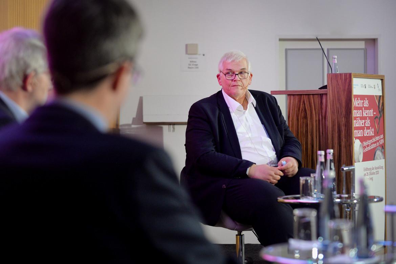 Regierungspräsident Vogel bei der Podiumsdiskussion.