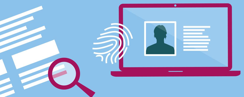 Die Illustration symbolisiert das Tracking von Nutzerinnen und Nutzern im Internet. Sie zeigt eine Lupe auf einer Textseite und einen Fingerabdruck auf einem Laptop.