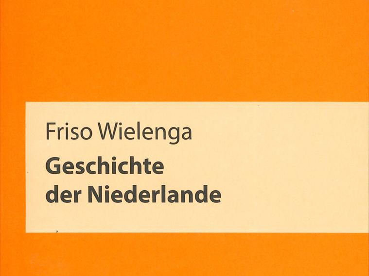 Name des Autors und Titel auf einem orangenen Hintergrund